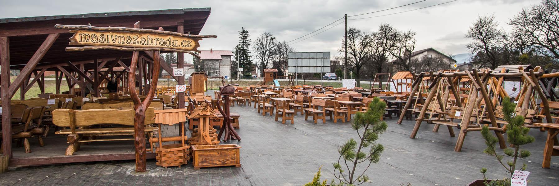 Dřevěný zahradní nábytek polsko